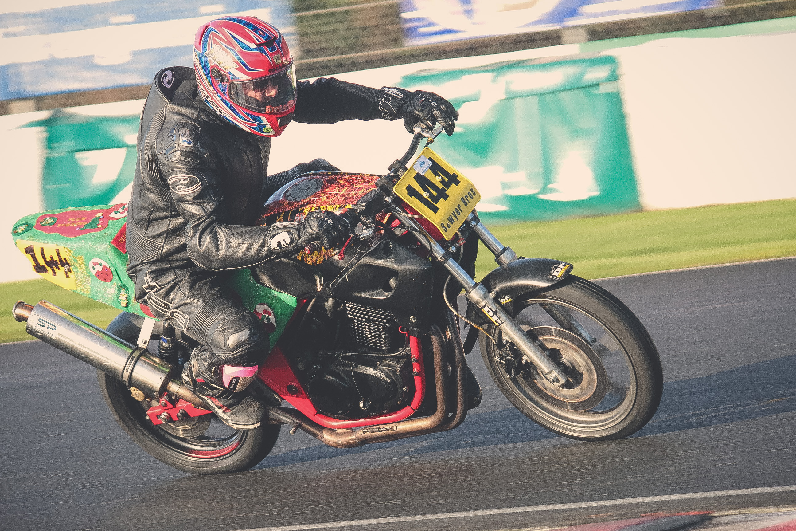 Paul Sawyer at Mallory Park Plum Pudding races