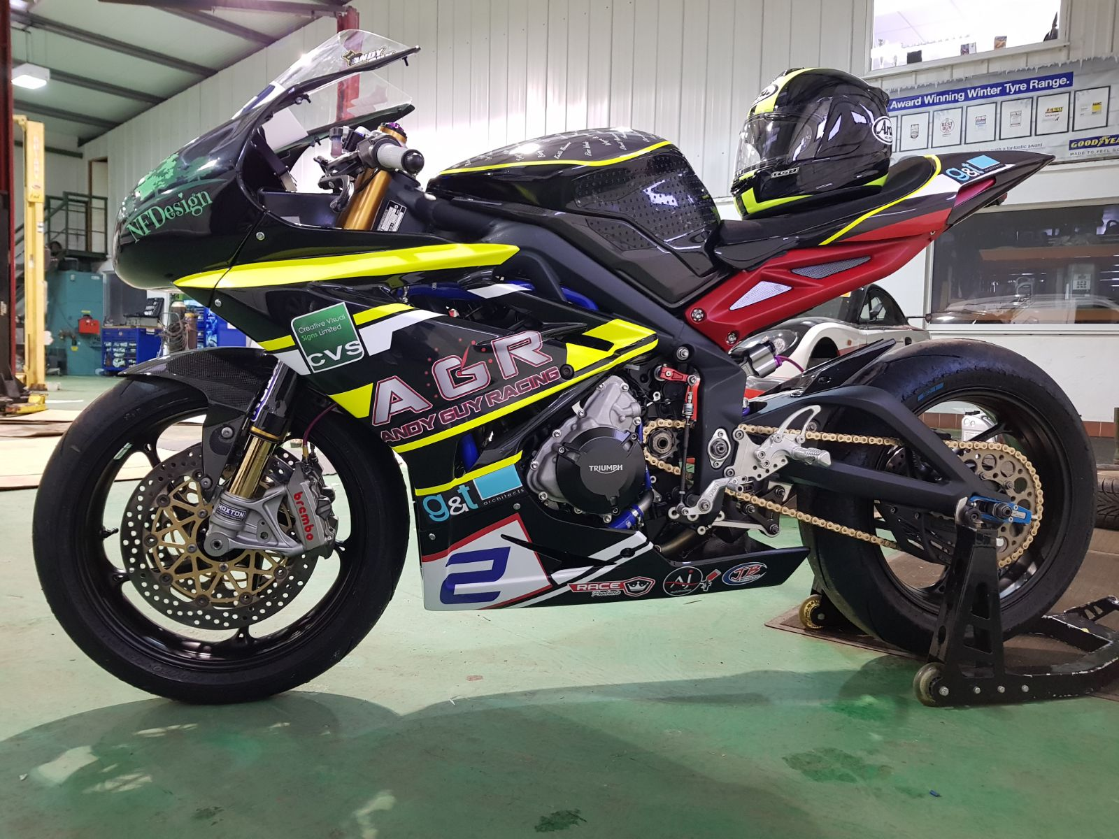 Andy Guy's NLR Club 600-winning Triumph 675 that he's now taking to the mean streets of Aintree and Thundersport...