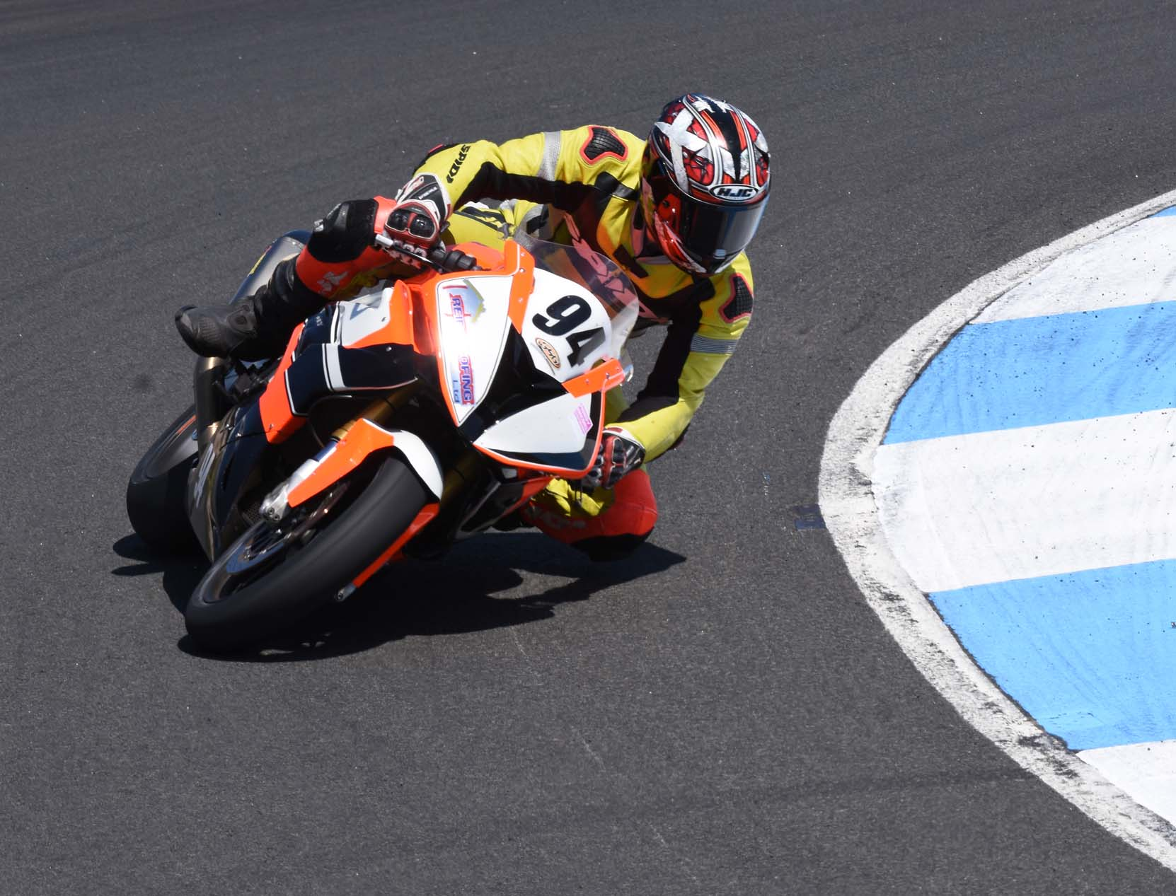 Greg Gilfillan swept Saturday's big bike races o the ex-Keith Amor BMW...