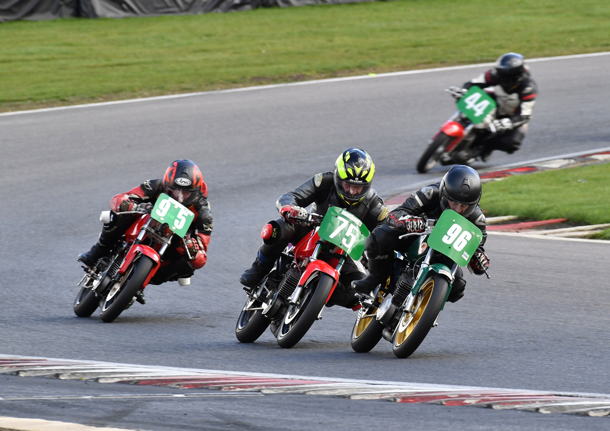 Kent held off a chasing pack of hungry MZs to double up on Sunday...