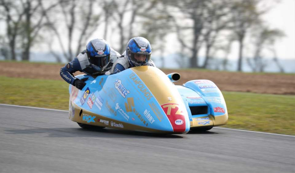 The reigning champs busted the long-standing lap record by almost two full seconds on the 200 circuit...