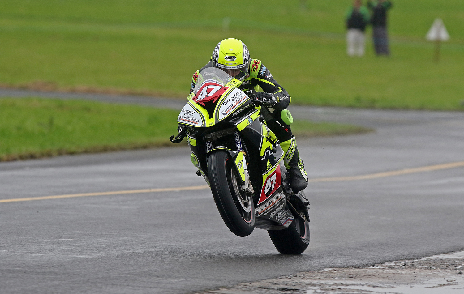 Kirk looked to be taking the title to the wire before rain and the crash curtailed action...