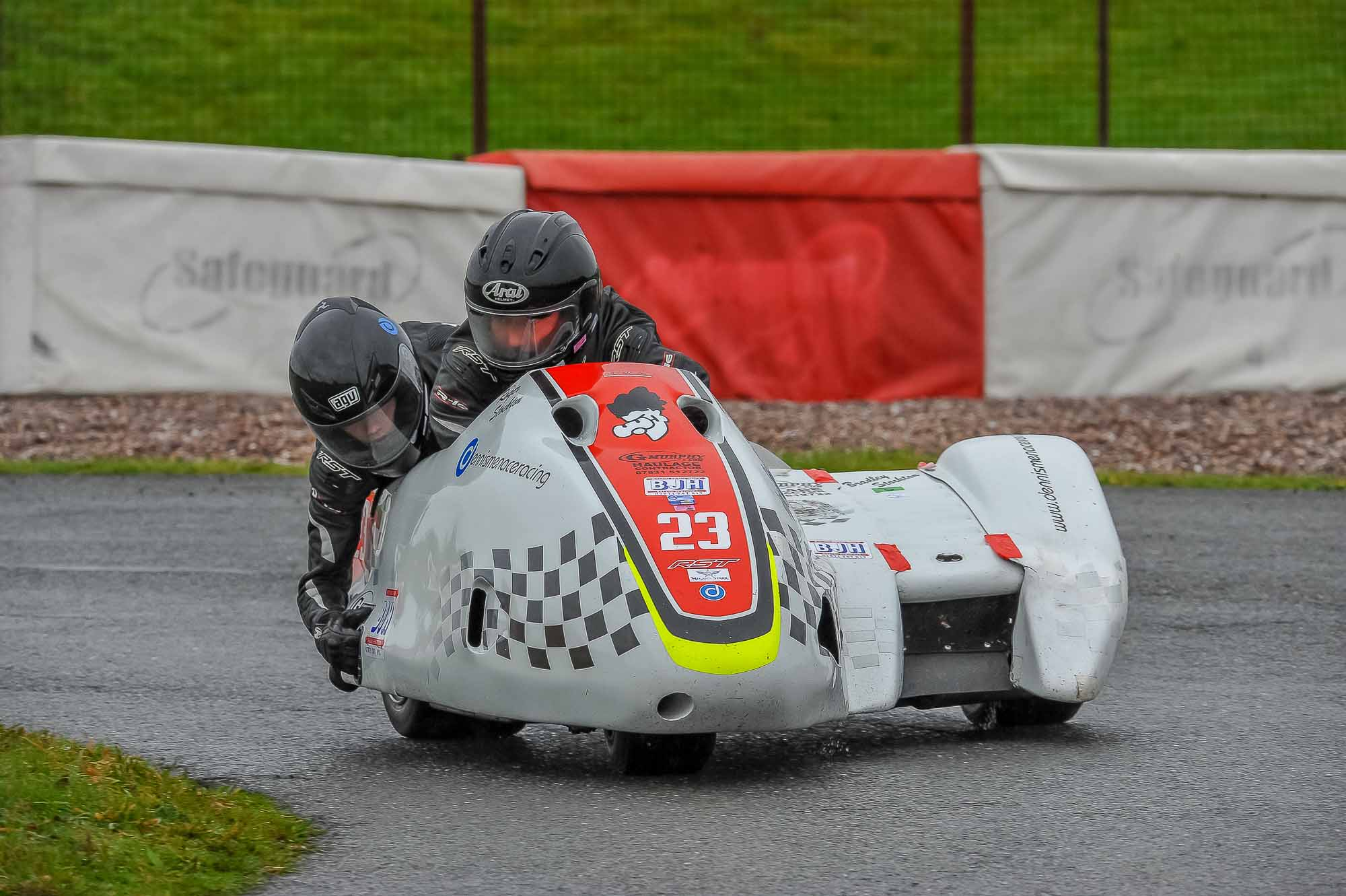 While the Stocktons went winless this weekend, they clinched the F600 sidecar crown...